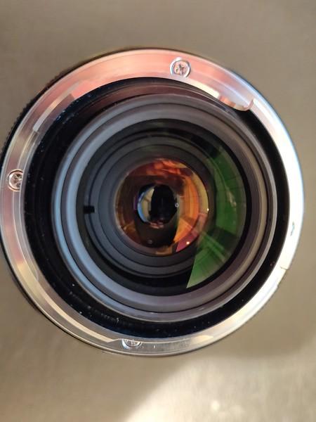 Voigtländer Ultron F 2.0 28 mm - Serial 9841000 007.jpg