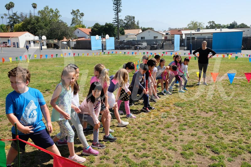 1 First graders at the starting line..jpg