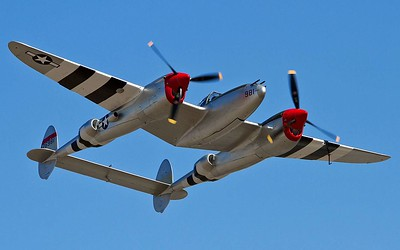 "A P-38 ""Dual tail"""