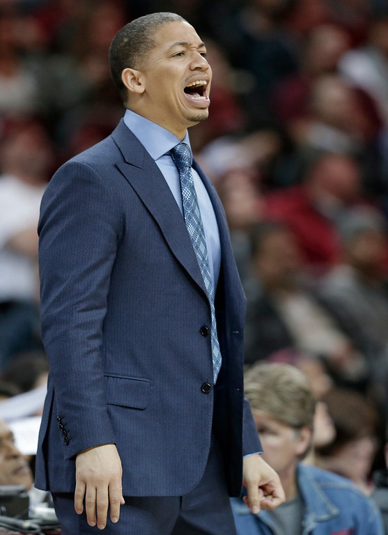 . Cleveland Cavaliers coach Tyronn Lue yells to players during the second half of an NBA basketball game against the Detroit Pistons, Wednesday, April 13, 2016, in Cleveland. The Pistons won 112-110 in overtime. (AP Photo/Tony Dejak)