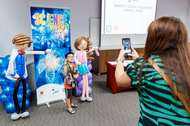 Science-Centre-Abbott-Young-Scientist-Award-2019-007.jpg