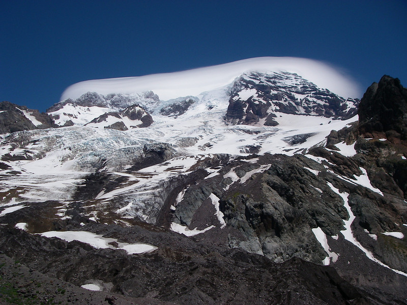 It is the highest volcano of the Cascade Range and the fifth highest mountain of the continental USA