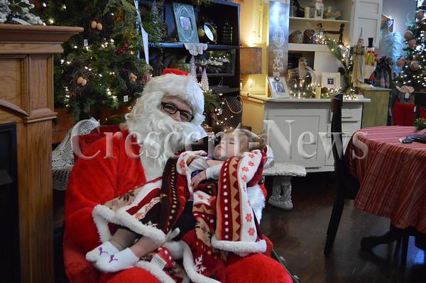 12-19-15 NEWS Jane's Crazy Christmas Walk