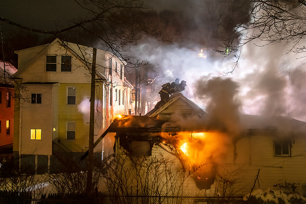 New Haven 2nd alarm 172 Quinnipiac Ave dwelling fire