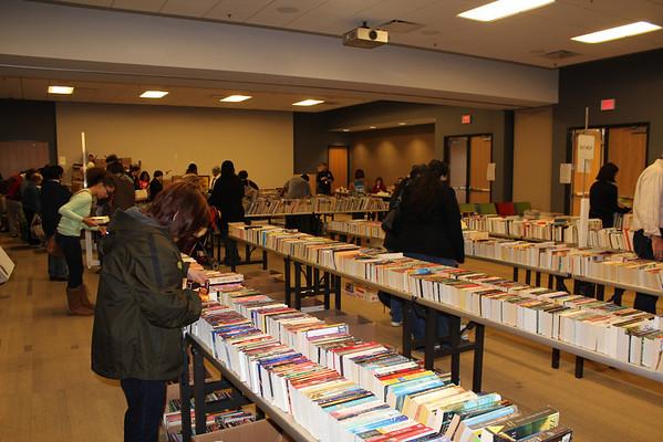 Library Advocates Booksale