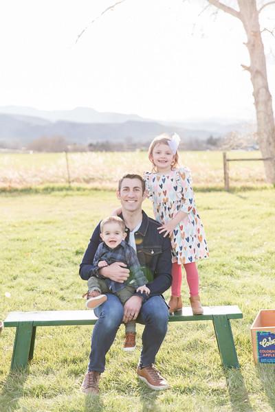 Bonder Family at the Orchard