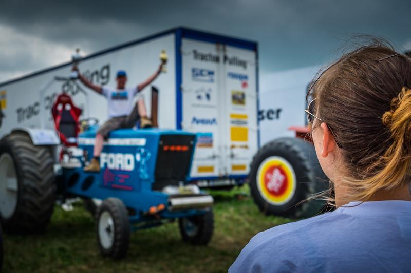 Tractor Pulling 2015 XE2-2500.jpg