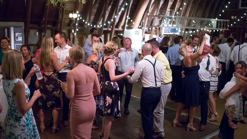 Garrett & Lisa Wedding (889).jpg