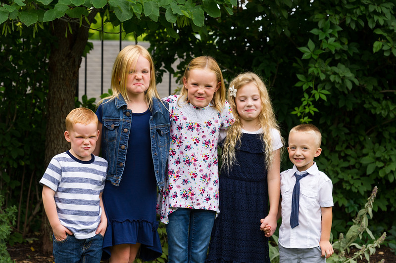 AG_2018_07_Bertele Family Portraits__D3S4118-2.jpg