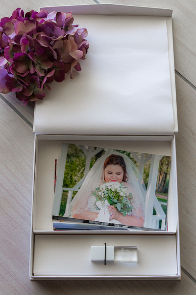 Classic Snap Print and Flash Box with 4GB Crystal USB