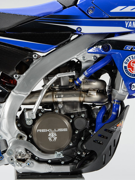 2017_OUTS_detail_WR250F_MCCANNEY_007.jpg