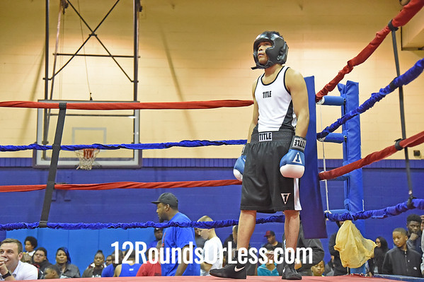 Bout 3 Demehle Davis, MLK, Cleveland, Red Gloves -vs- Cody Lucky, Youngstown, Blue Gloves, 155 Lbs.