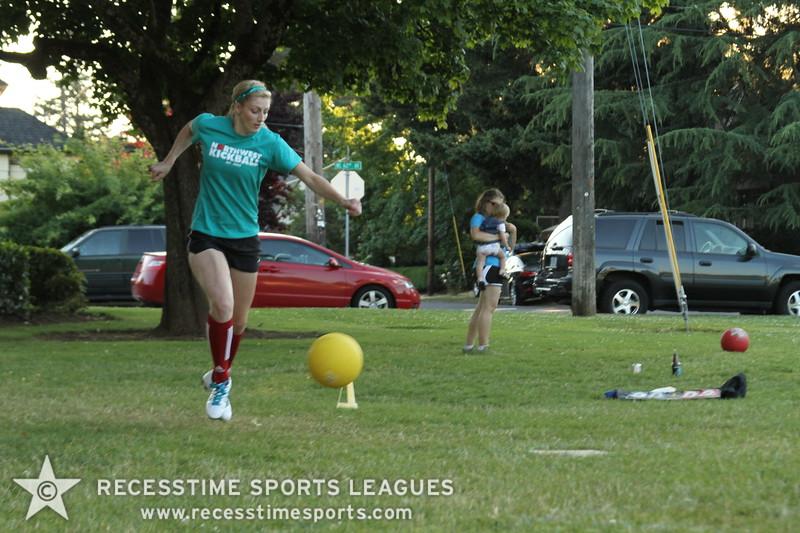 Recesstime_Portland_Kickball_20120724_4115.JPG
