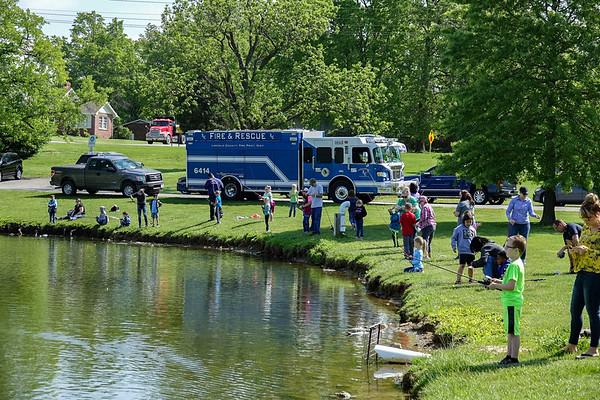 051419_Fishing @ Fairgrounds Park