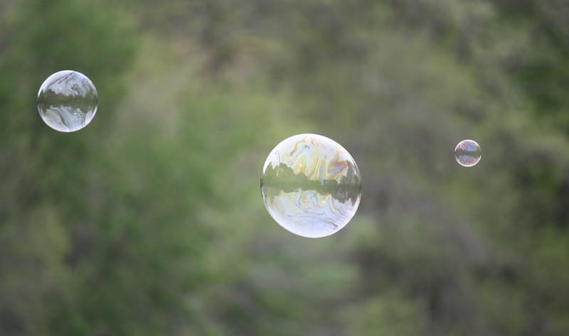 Three Bubbles_3498614375_l.jpg