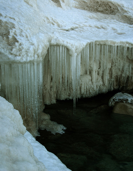 Ice cycle ledge .jpg