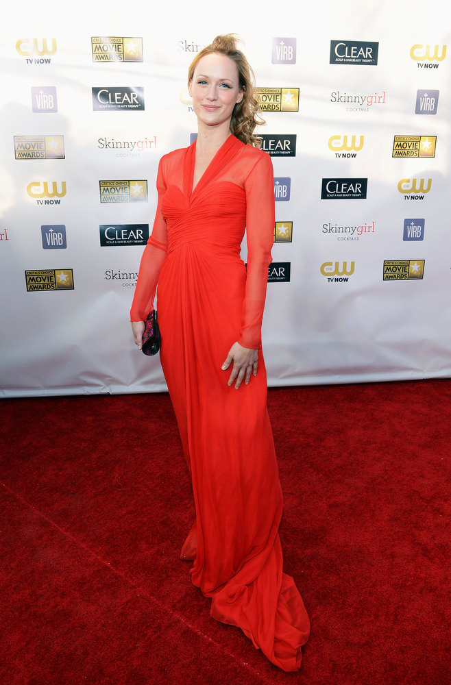 . Actress Kerry Bishe attends the 18th Annual Critics\' Choice Movie Awards held at Barker Hangar on January 10, 2013 in Santa Monica, California.  (Photo by Larry Busacca/Getty Images for BFCA)