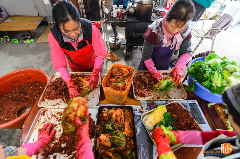 Kimjang (gimjang) - making kimchi for the winter
