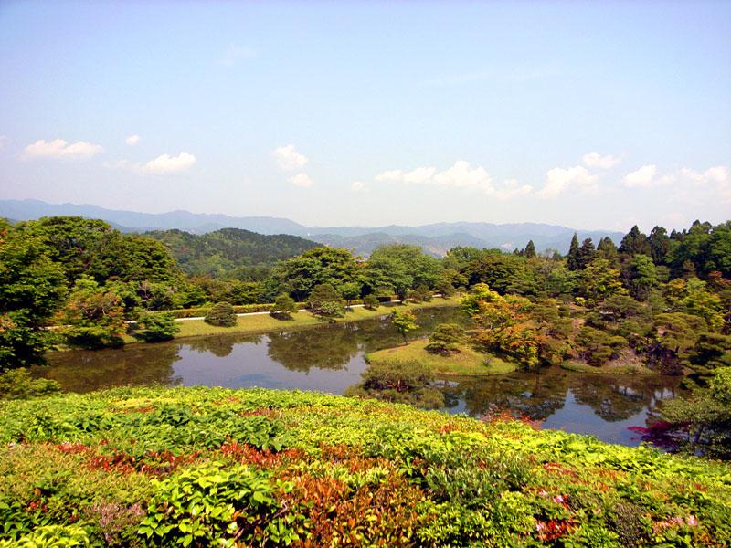 Shugakuin Rikyu Yokuryu Pond