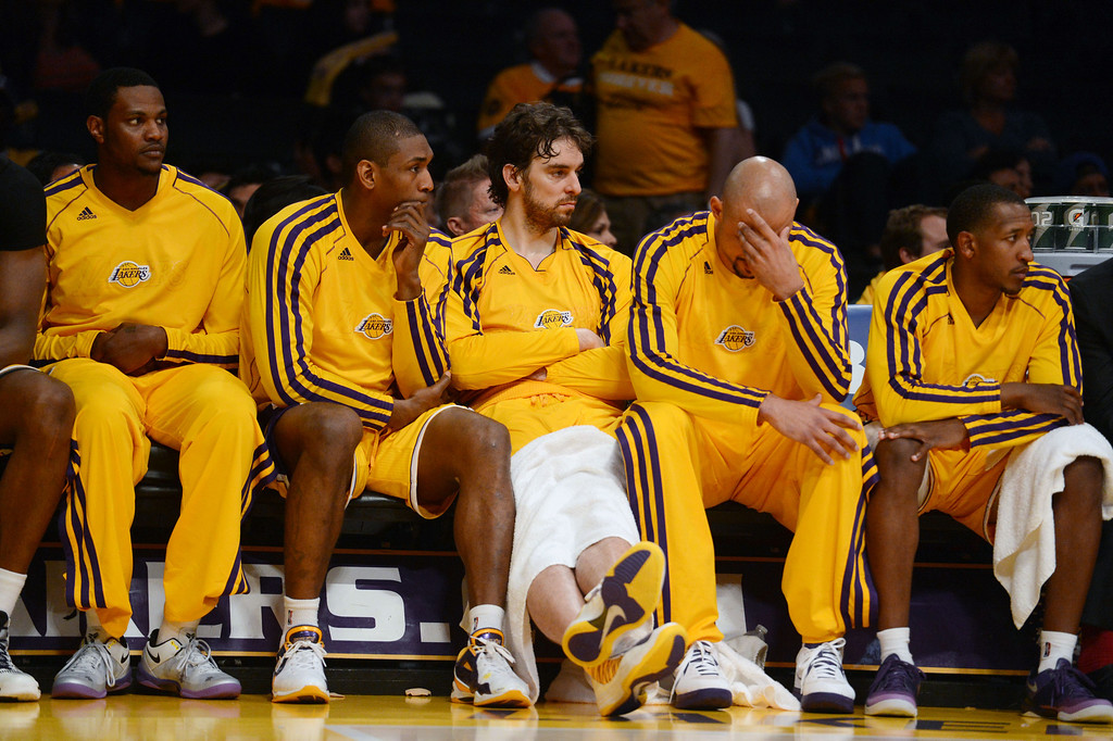 . The Lakers\'  bench late in game three of their NBA Western Conference playoffs against the Spurs at the Staples Center Friday, April 26, 2013. The Spurs beat the Lakers 120-89. (Hans Gutknecht/Staff Photographer)r)
