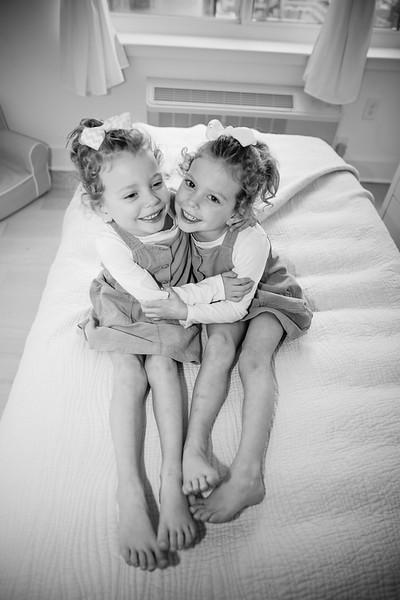 bw_newport_babies_photography_hoboken_at_home_newborn_shoot-5528.jpg