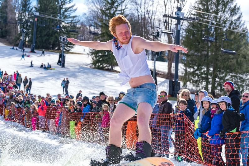 Carnival-Sunday-57th-2018_Snow-Trails-7819.jpg