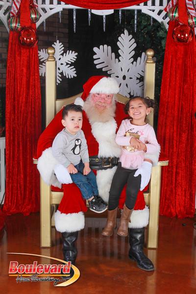 Santa 12-10-16-301.jpg