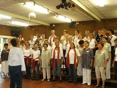2005-0622 The Singing Pearls meet SCBG