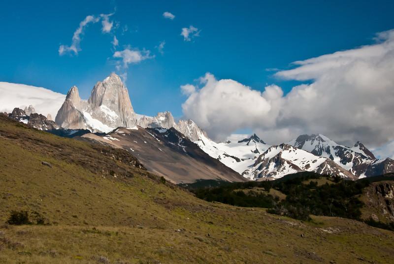 El Chalten 201112 Pliegue Tumbado Hike (14).jpg
