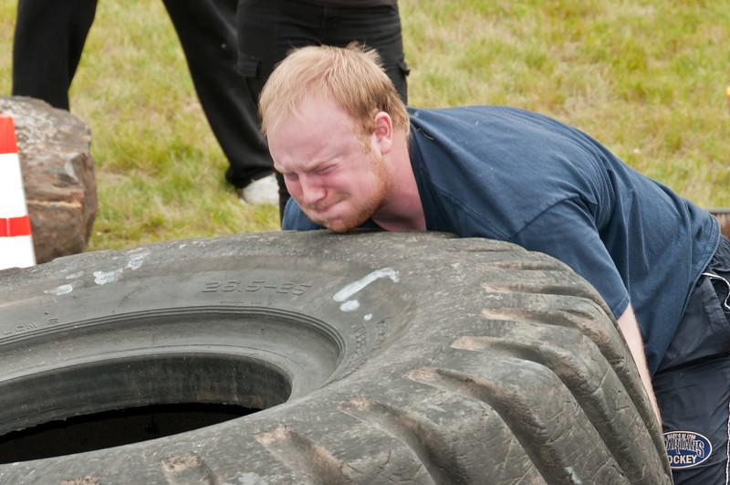 Fitness Revolution Strongman Challenge 2011_ERF4249.jpg