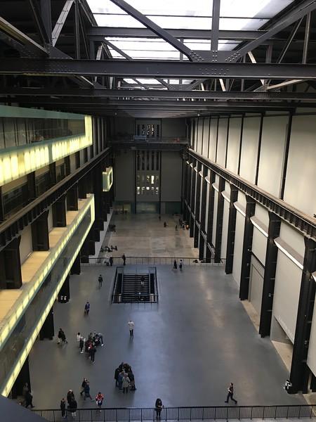 Tate Modern Turbine Hall.JPG
