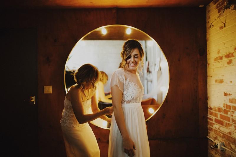 Amanda&Taylor-1076.jpg
