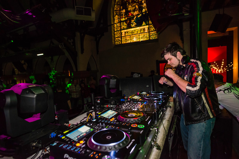 11.17.17 The Church Gareth Emery-6.jpg
