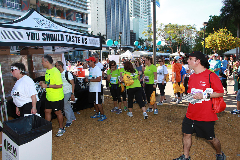 MB-Corp-Run-2013-Miami-_D0748-2480624189-O.jpg