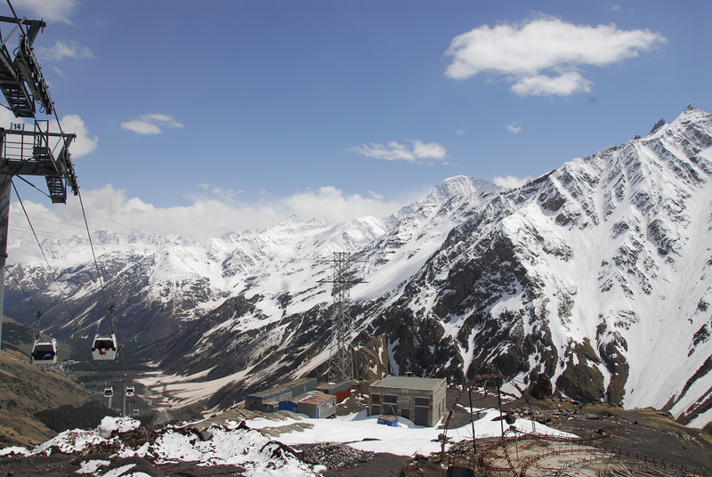 080502 2403 Russia - Mount Elbruce - Day 2 Trip to 15000 feet _E _I ~E ~L.JPG