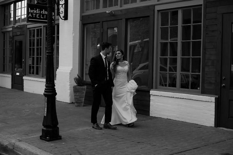 Kate&Josh_B&W_ZACH.WATHEN.PHOTOGRAPHER-417.jpg