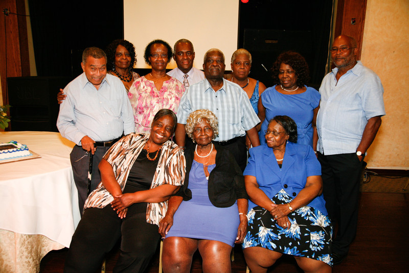 Edouard Family Reunion-3728.jpg