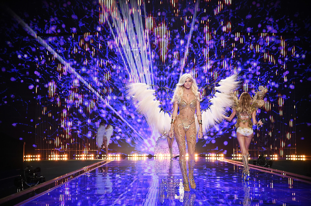 . Victoria\'s Secret model Devon Windsor walks the runway during the 2014 Victoria\'s Secret Fashion Show at Earl\'s Court exhibition centre on December 2, 2014 in London, England.  (Photo by Dimitrios Kambouris/Getty Images for Victoria\'s Secret)