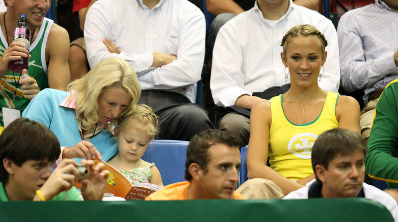11 April 2008 Townsville, Qld, Australia: Mia Hewitt reads Spot goes to the Circus with grandmother Cherilyn Rumball and mum Bec at the Davis Cup tie between Australia and Thailand - Photo: Cameron Laird (Ph: 0418 238811)