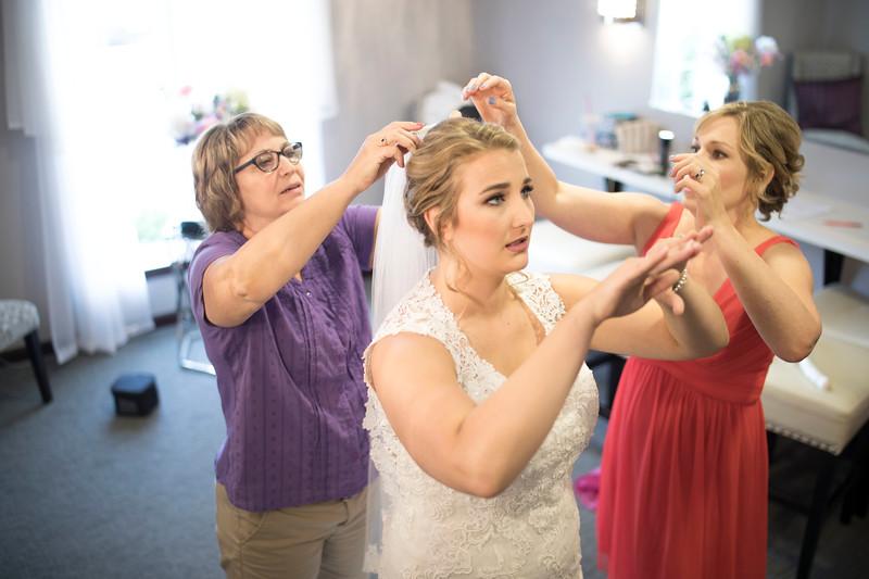 Laura & AJ Wedding (0174).jpg