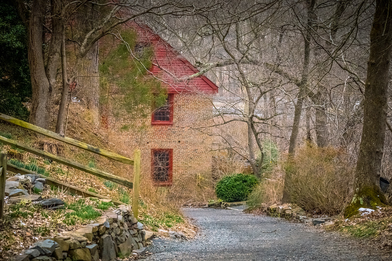 Path to Colvin Run Mill