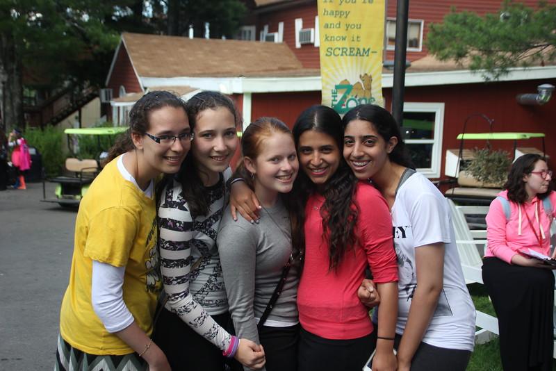 kars4kids_thezone_camp_GirlsDivsion_GroupPhotos (47).JPG