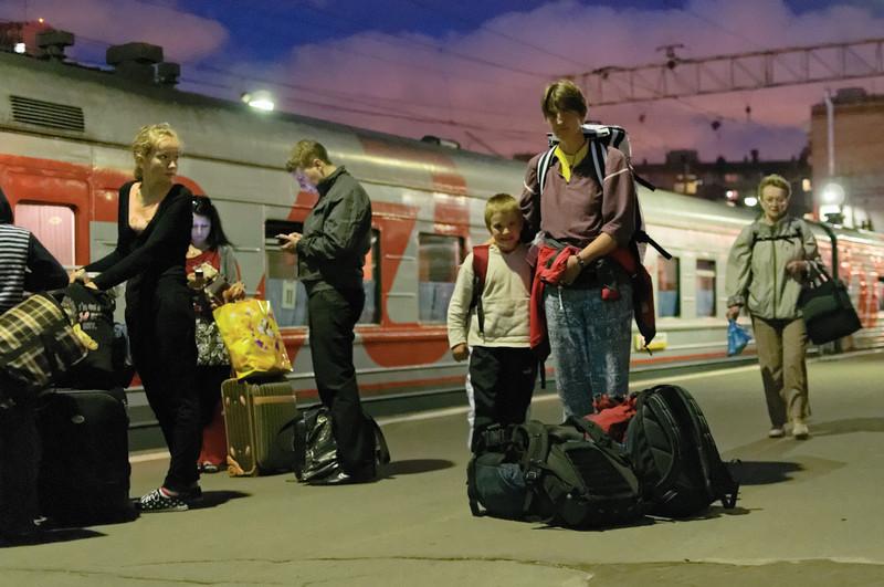 Gegen Mitternacht durften wir dan endlich auf den Bahnsteig.