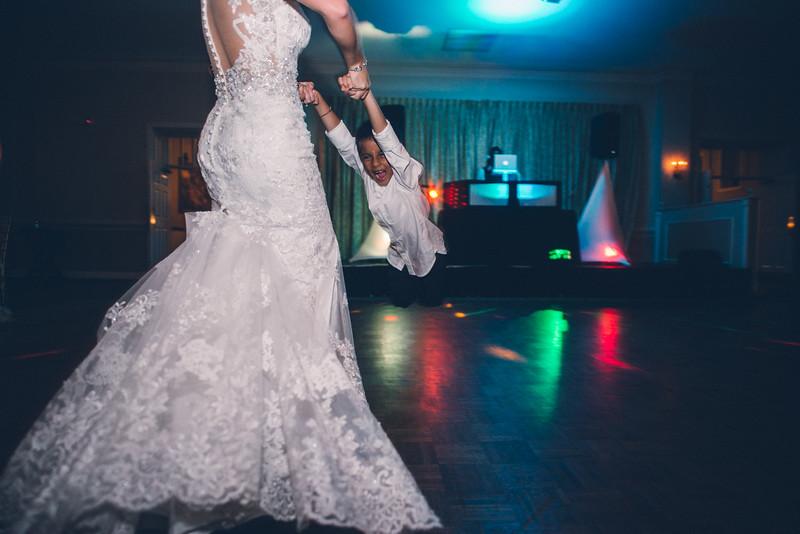 Philadelphia Wedding Photographer - Bernreuther-673.jpg
