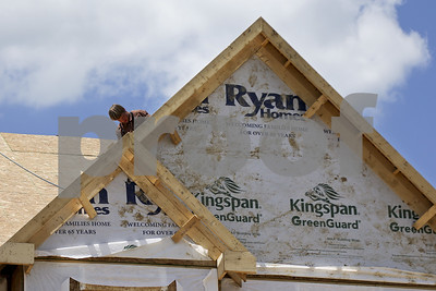us-home-construction-reaches-strongest-pace-in-a-year