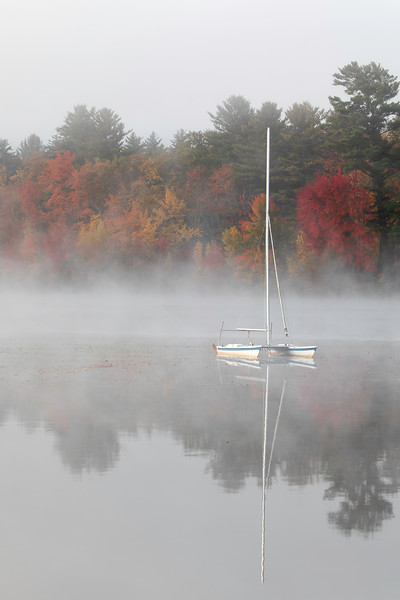 Sailboat in Fog_4326