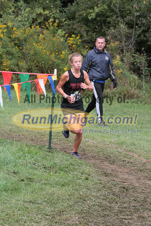 Girls D2 at 1.5 mile mark - 2014 Nike Holly Duane Raffin Cross Country Invite