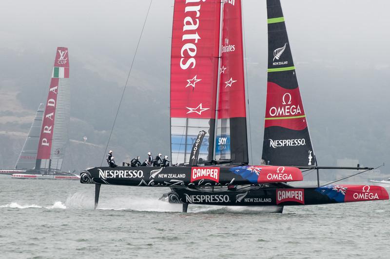 Die Schweden wollen auch noch teilnehmen, haben ihr Boot aber noch nicht fertig.