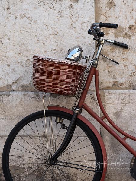 Bike on the street of Ferrara.