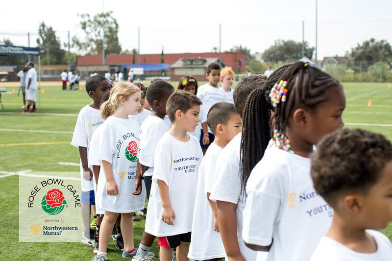 2015 Rosebowl Youth Football Clinic_0040.jpg